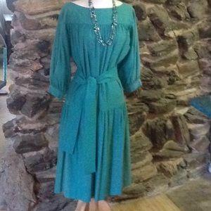 Dresses & Skirts - Vintage raw silk dress